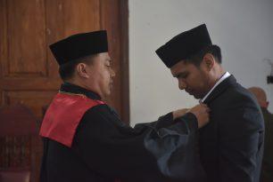 Pengambilan Pelantikan dan Sumpah Jabatan Sekertaris Amal Syah, ST., SH. di Pengadilan Negeri Sanana